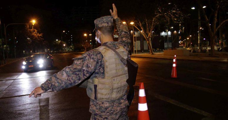 """""""Todo Chile atrasará el toque de queda a las 00:00 horas desde el miércoles"""""""