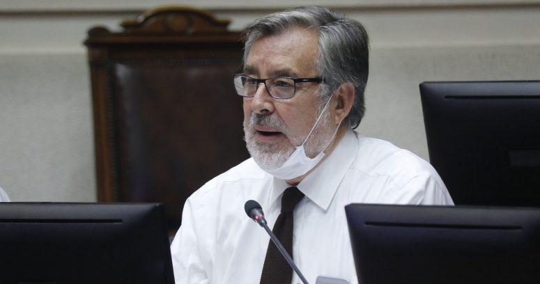 """""""Alejandro Guillier anuncia que no se repostulará al Senado tras conflicto en Unidad Constituyente"""""""