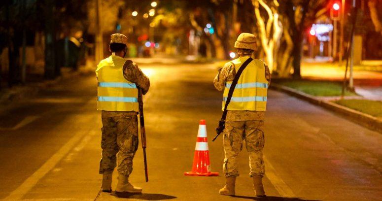 """""""Paso a Paso: Región Metropolitana se mantiene sin avances en toque de queda"""""""