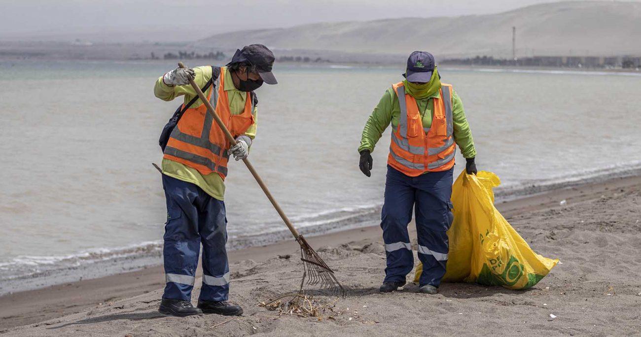 El alcalde de Arica, Gerardo Espíndola (PL) aseguró que esta situación pone en riesgo a la comunidad y por eso solicitaron al Ministerio de Defensa una revisión del borde costero. AGENCIA UNO/ARCHIVO