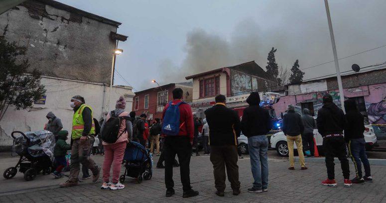 Incendio en cité de Estación Central dejó cerca de 60 personas damnificadas