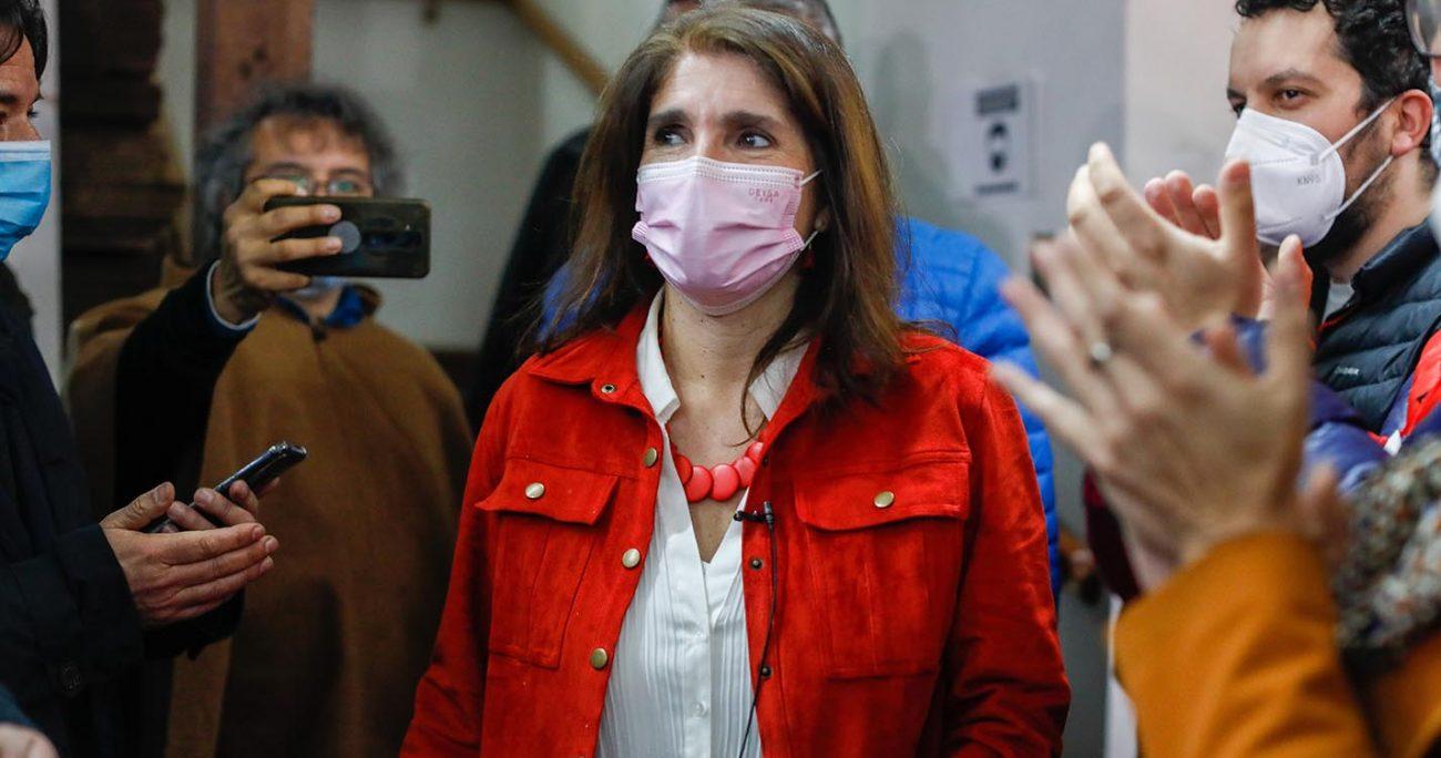 Paula Narváez reconoció triunfo de Yasna Provoste en consulta ciudadana