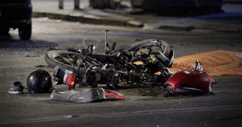 """""""Motociclista chocó vehículo contra el tránsito: murió mujer embarazada"""""""