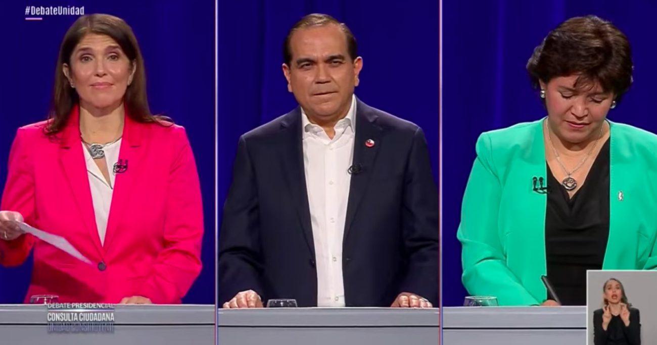 El debate fue trasmitido por televisión a través de los canales nacionales. CAPTURA