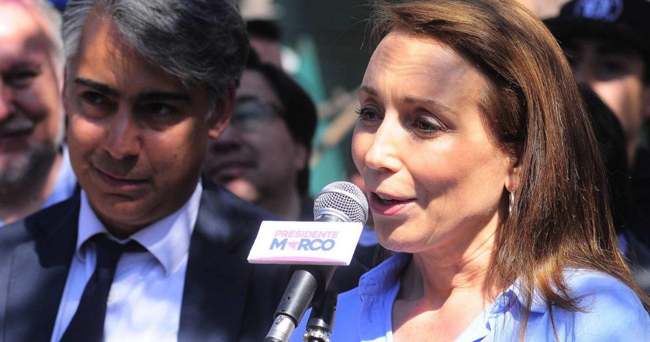 En las otras tres candidaturas de su marido, la animadora de TVN participó activamente de su campaña. AGENCIA UNO/ARCHIVO