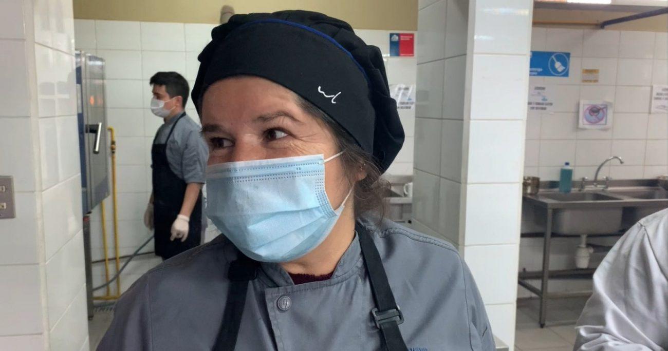 El taller de gastronomía que es liderado por la profesora. SERVICIO LOCAL DE BARRANCAS