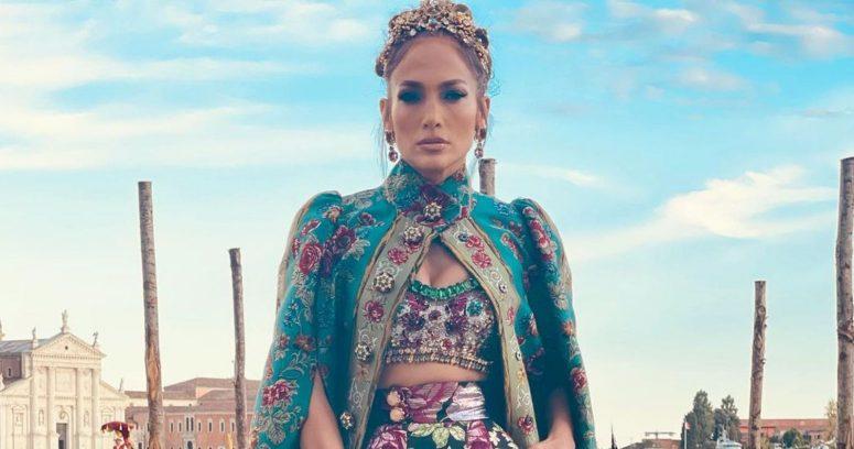 """""""El fail que sufrió Jennifer Lopez con su exclusivo atuendo Dolce"""