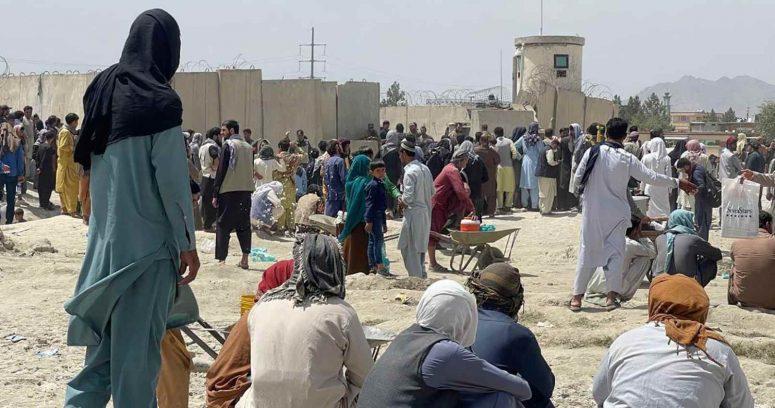 """""""Estados Unidos ordena a seis aerolíneas comerciales a participar en la evacuación de Kabul"""""""