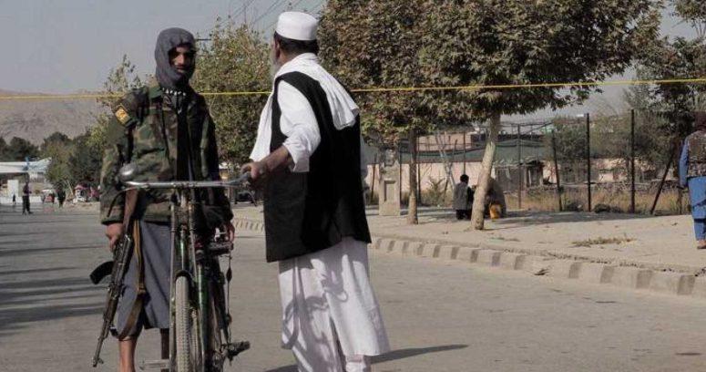 """""""Estado Islámico se adjudica ataques con cohetes contra aeropuerto de Kabul"""""""