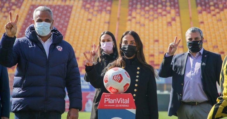 """""""Con mascarilla y sin abrazos: el protocolo para el retorno del público a los estadios en pandemia"""""""