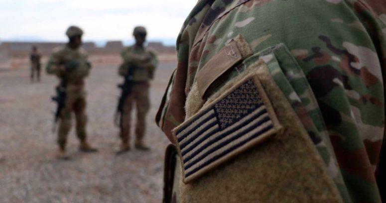 """""""La guerra se acabó: despega el último avión militar de EE.UU. desde Afganistán"""""""