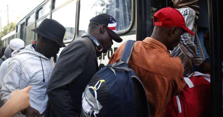 """Renuncia el enviado especial de Estados Unidos en Haití por el """"trato inhumano"""" a migrantes"""