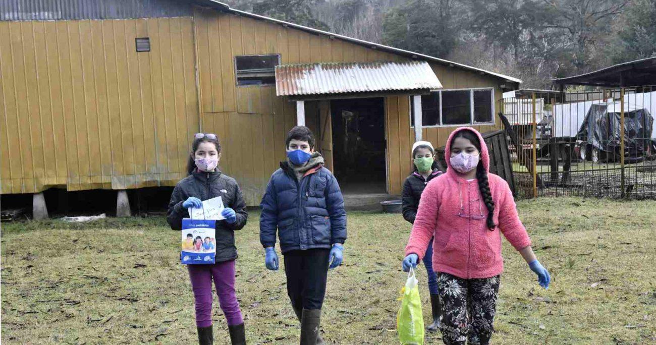 Actualmente existen cerca de 3.300 establecimientos rurales a lo largo de Chile, concentrando el 8% de matrícula total en educación escolar y el 12% de los profesores del país. AGENCIA UNO/ARCHIVO
