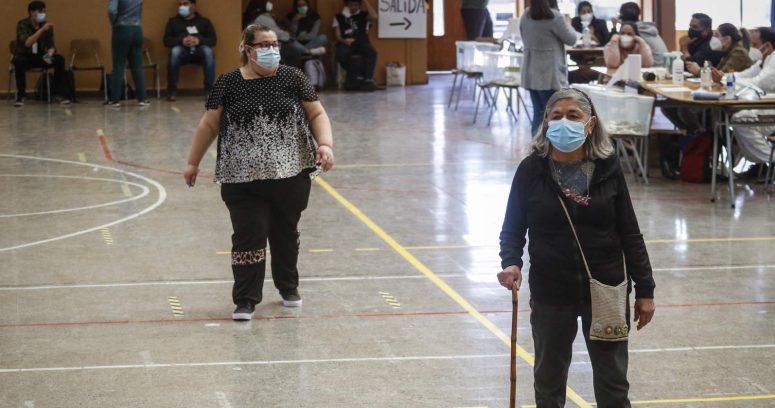 """""""Mujeres participaron más que los hombres en el plebiscito 2020"""""""