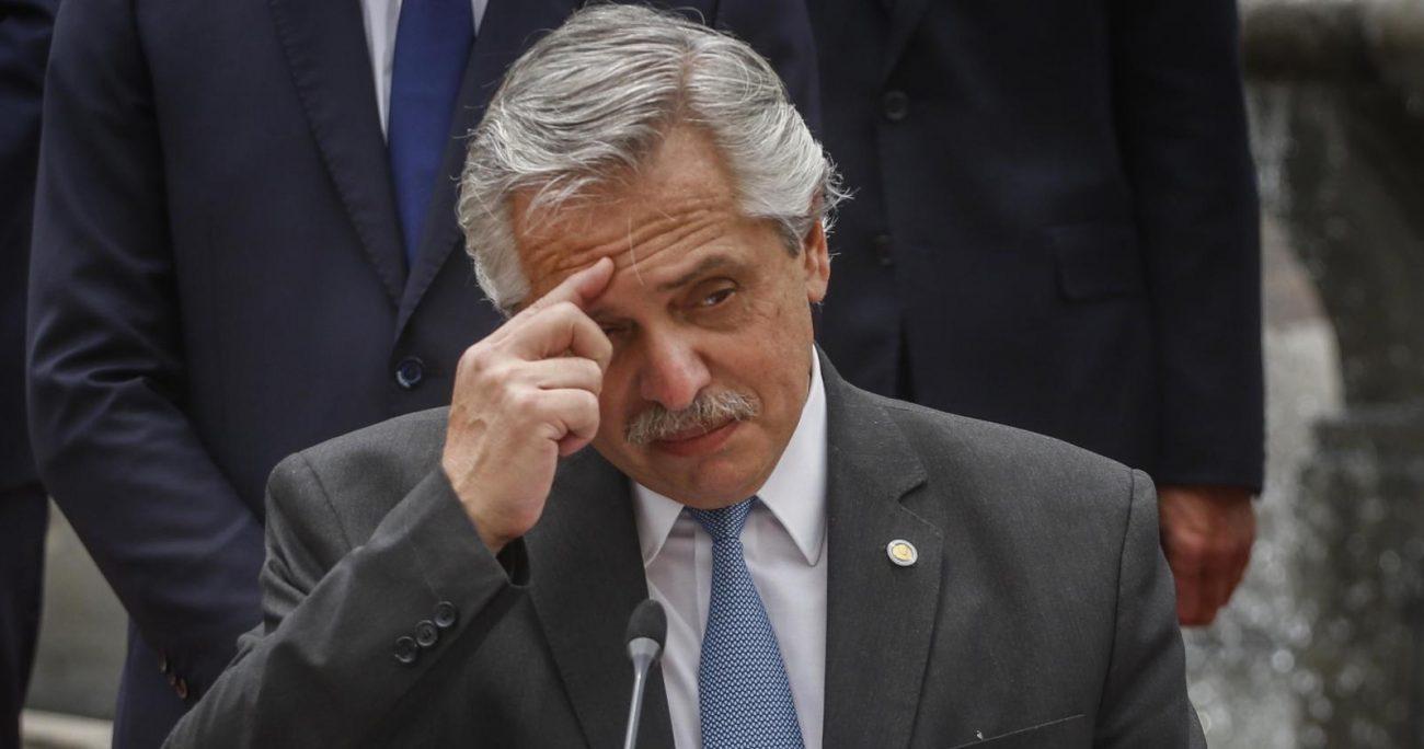 Todas las renuncias aún deben ser aceptadas por Fernández. ARCHIVO/GENCIAUNO