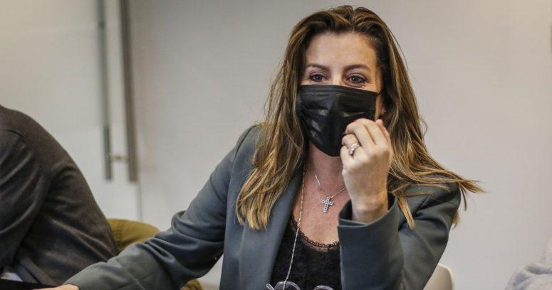 """""""Hice un retiro y los voy a hacer todos"""": Teresa Marinovic se suma a ministros de Estado"""