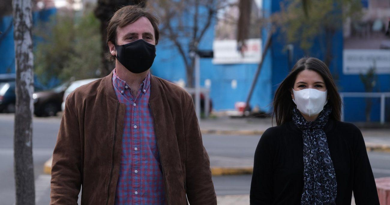 Katherine Martorell y Pedro Browne criticaron la doble labor que desarrollan los candidatos presidenciales de oposición. AGENCIA UNO/ARCHIVO