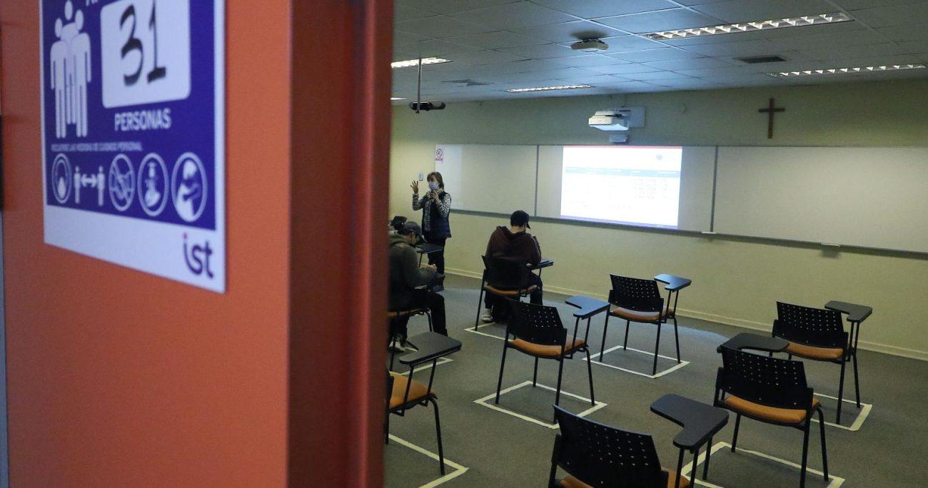 Las autoridades destacaron que los estudiantes cuentan con alternativas para seguir estudiando a pesar de la pérdida del beneficio. AGENCIA UNO/ARCHIVO