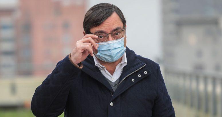 """""""Contraloría abre sumario contra Felipe Guevara por visar millonario contrato a favor de su hermano"""""""