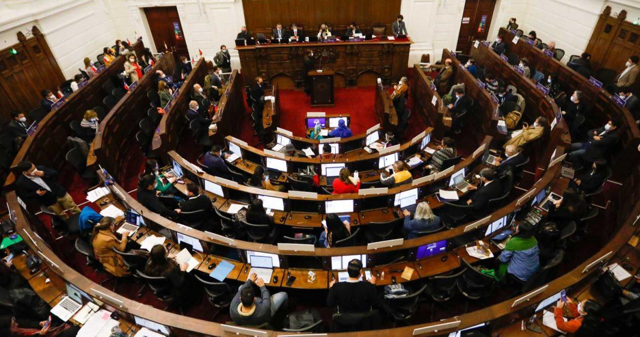 Además, este martes 14 de septiembre se votarán las propuestas reglamentarias, junto con su método de definición, donde se considerarán tres opciones. AGENCIA UNO