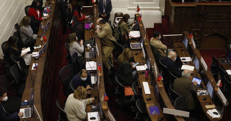 """Convención rechaza incluir """"República de Chile"""" en su reglamento general"""