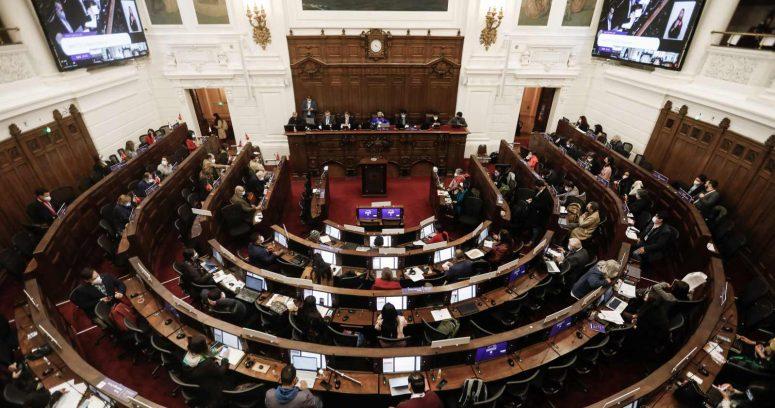 Confirman caso de COVID-19 al interior de la Convención Constitucional