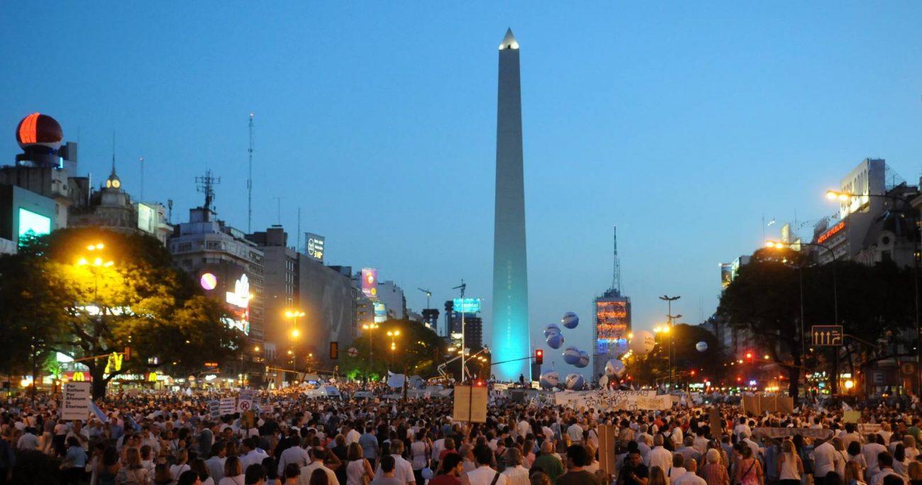 Según Francisco Javier Covarrubias, en esa distopía de Chilentina, podríamos vivir una orgía que se agote rápidamente. AGENCIA UNO/ARCHIVO