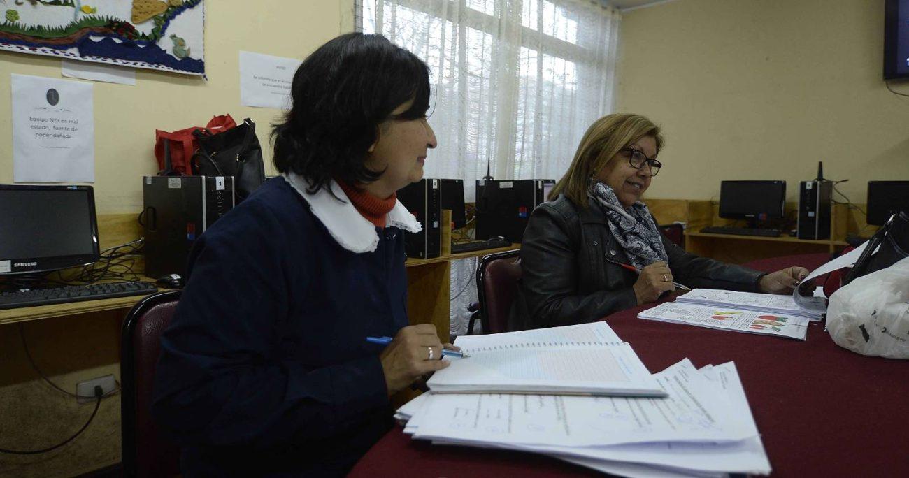 El programa, que se impartirá desde octubre, contempla dos trimestres de aprendizajes en materia de mentoría, reflexión pedagógica y estrategias colaborativas. AGENCIA UNO/ARCHIVO