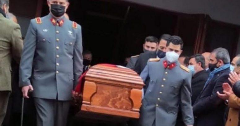 Las cartas de sucesión del comandante en jefe del Ejército Ricardo Martínez y sus últimos meses en el cargo