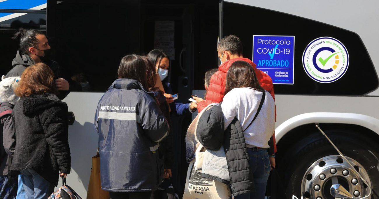 Todos los viajeros de dicho bus deben contactarse a los números de teléfono que se indicaron. AGENCIA UNO/ARCHIVO
