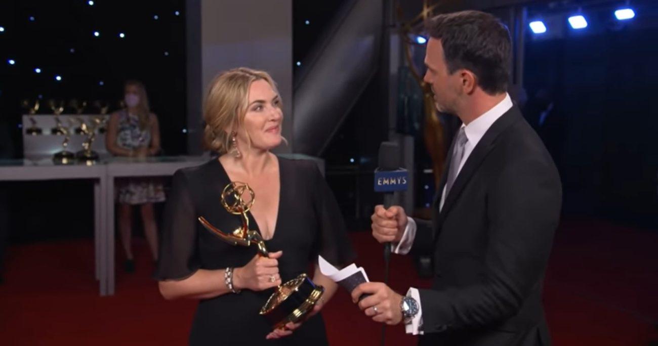 Kate Winslet tras recibir su premio. CAPTURA