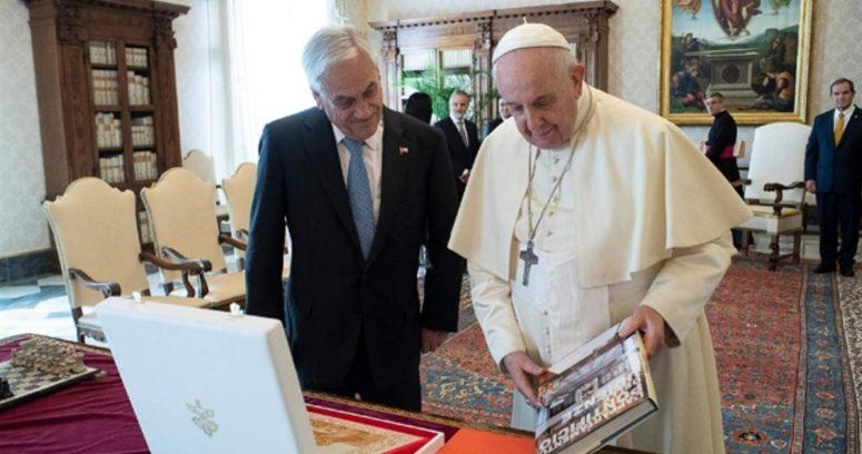 """""""Papa Francisco recibió a Sebastián Piñera en audiencia privada en el Vaticano"""""""