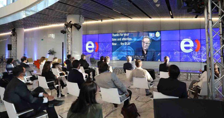 Universidad Católica y Entel anuncian una Cátedra de Transformación Digital Sostenible