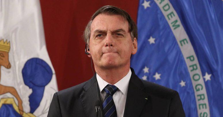 Facebook eliminó video de Bolsonaro donde vinculaba la vacuna del COVID-19 con el SIDA