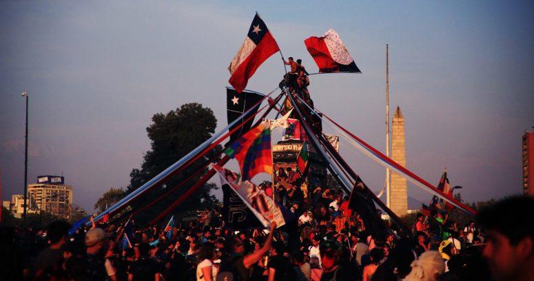 """18-O: EE.UU. alerta a sus ciudadanos en Chile de posibles """"protestas violentas"""""""