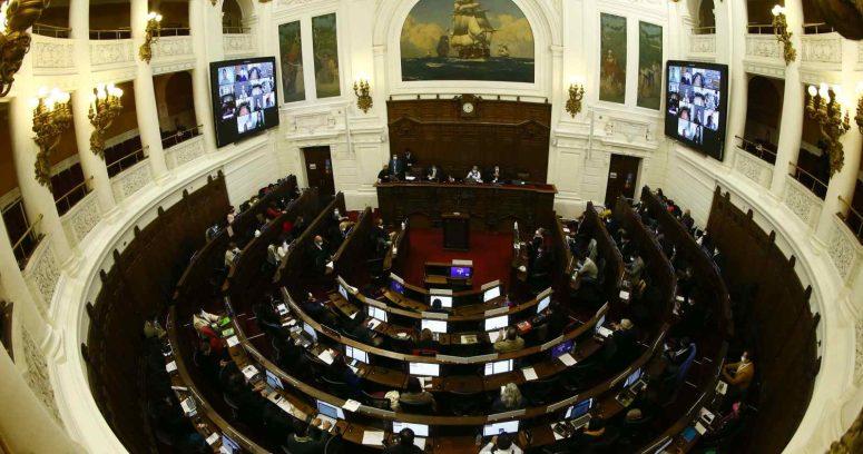 Convención inició el debate constitucional en plena conmemoración del 18-O