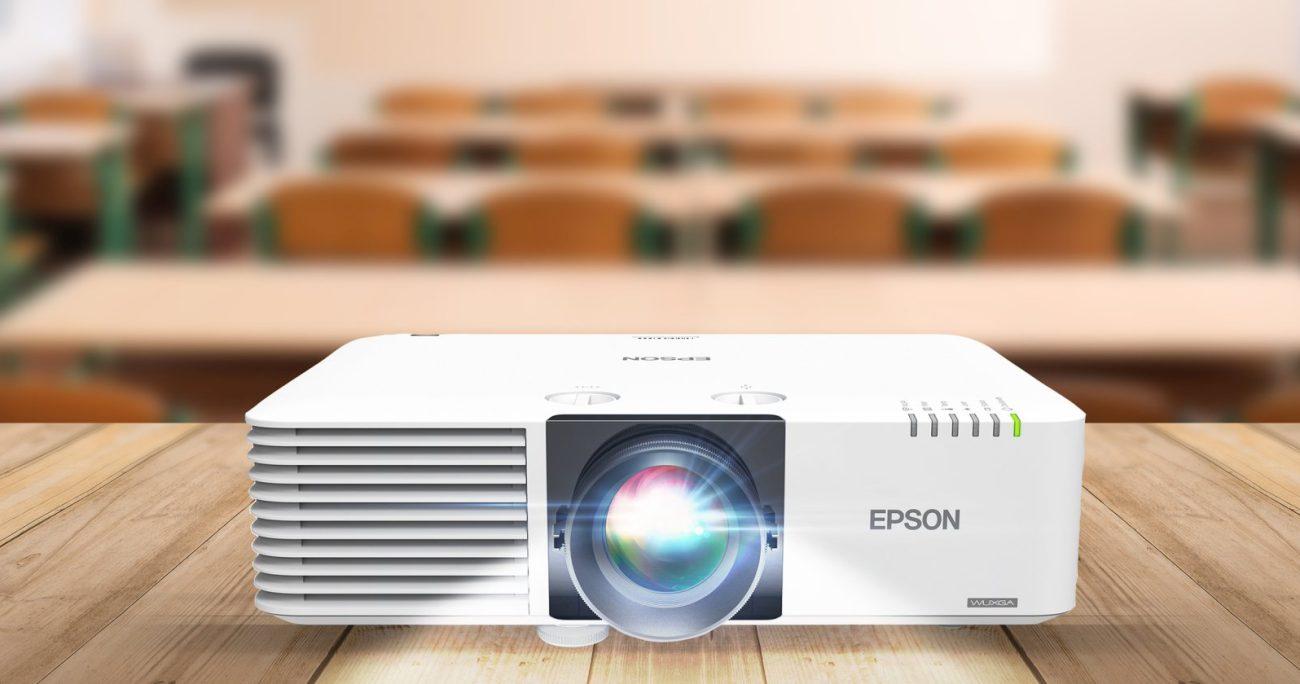 La tecnología permite conectar a los grupos, ubicaciones y dispositivos para compartir información de forma más sencilla. EPSON