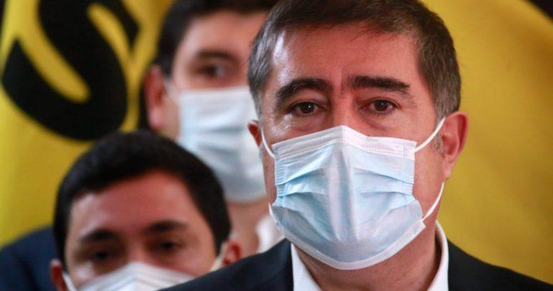 """Desbordes salió en defensa de Sebastián Sichel: """"Tiene que continuar adelante con la campaña"""""""