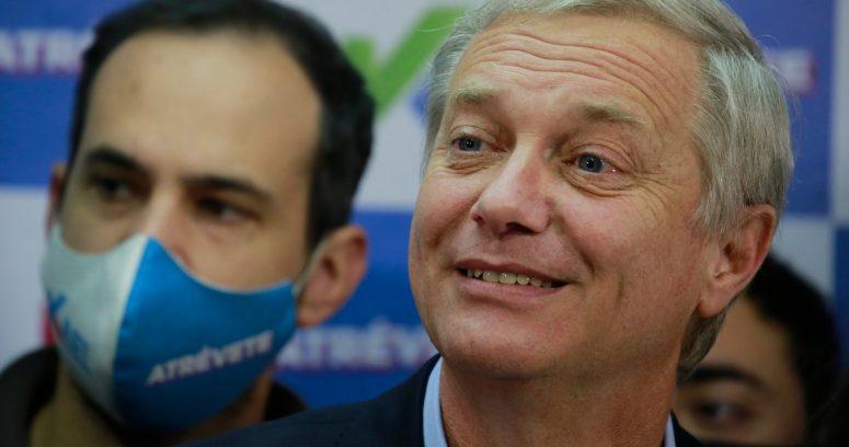 """""""Encuesta Cadem: Kast se consolida en el primer lugar de la carrera presidencial"""""""