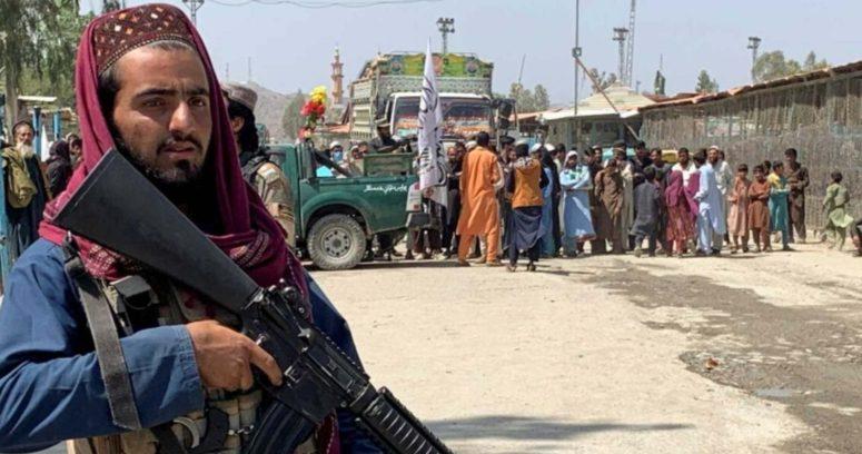"""""""Atentado en Afganistán deja al menos 80 muertos y 100 heridos"""""""