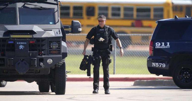 """""""Pelea entre estudiantes provoca un tiroteo en una escuela de Texas"""""""